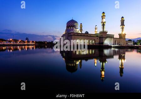The floating mosque of Likas, Kota Kinabalu, Sabah, Malaysia. - Stock Photo