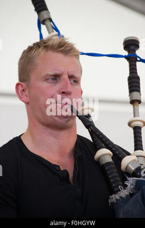 Crieff, Scotland, 16th of August 2015. The popular folk band Skerryvore from the Isle of Tiree performed at the - Stock Photo