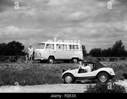 transport / transportation, car, vehicle variants, Volkswagen Transporter, VW T2 'Bulli', produced 1967 - 1979, - Stock Photo