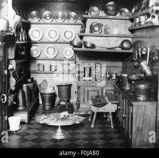 household, kitchen and kitchenware, mock-up of the kitchen of a former Patrician household, Middle Ages, medieval, - Stock Photo