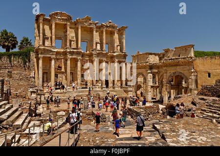 The library of Celsus at the ancient Greek/Roman Empire town of Ephesus near Selcuk, Kusadasi, Turkey. - Stock Photo