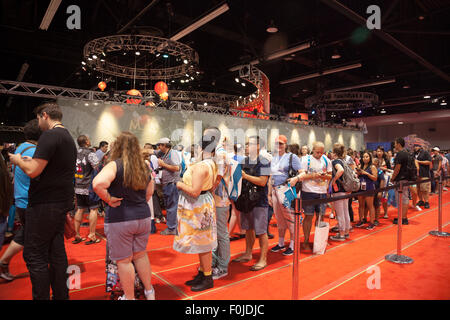 Anaheim, California, USA. 15th Aug, 2015. People waiting in a long line at the Disney D23 Expo in Anaheim, CA, USA - Stock Photo