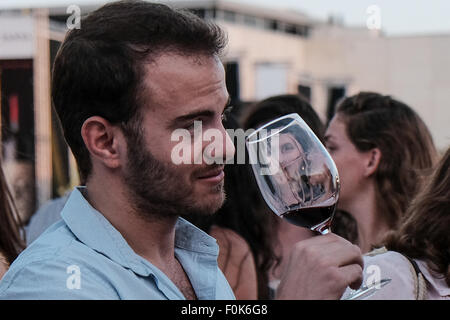 Jerusalem, Israel. 17th August, 2015. The Israel Museum hosts the annual Jerusalem Wine Festival at the Billy Rose - Stock Photo
