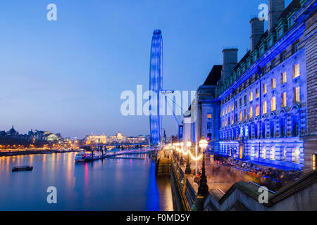 London Eye and the SEA LIFE London Aquarium (County Hall) with the Thames Path alongside, South Bank, Westminster, - Stock Photo