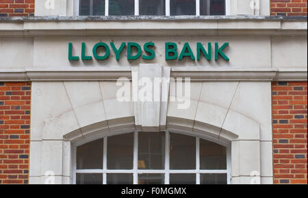 Lloyds Bank hanging sign outside a branch in Dean Stanley St, Westminster, London SW1P 3HU - Stock Photo
