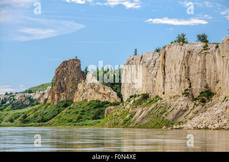 White cliffs and Labarge Rock, near Eagle Creek on the Upper Missouri River Breaks National Monument, Montana. - Stock Photo