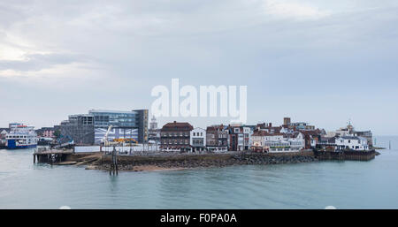 The HQ of Land Rover BAR (left) in Old Portsmouth, Hampshire from where Sir Ben Ainslie and his team will plan winning - Stock Photo