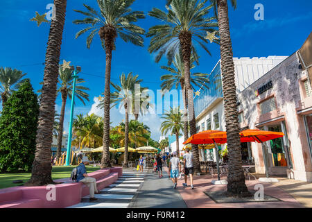 Miami, South beach,  Lincoln Road - Stock Photo