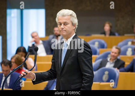 The Hague, Netherlands. 19th Aug, 2015. On Wednesday Dutch parliament was called to debate on the emergency fund - Stock Photo