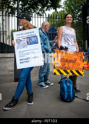 London, UK. 20 August, 2015. No Human is Illegal protest organised by the London-Calais Convoy Group who are in - Stock Photo