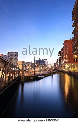 View of waterfront and Elbe Philharmonic Hall in distance, Hamburg, Germany - Stock Photo