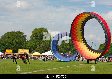 Bristol, England, UK. 22nd August, 2015. Bristol International Kite Festival on 22 – 23 August 2015 had weather - Stock Photo