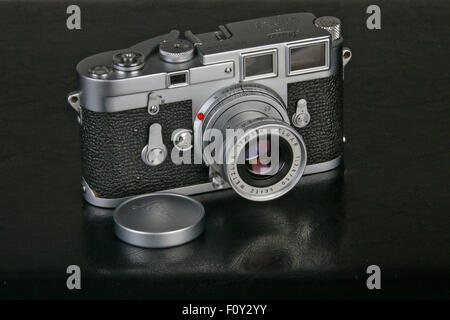 Vintage Leica M3 35mm double stroke camera with 50mm Elmar lens - Stock Photo