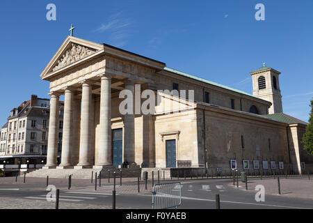 The Church of Saint-Germain (Église Saint-Germain), Saint-Germain-en-Laye, Paris, France. - Stock Photo