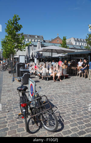 Torvehallerne, the covered food market at Israels Plads in Copenhagen on a sunny and busy summer Saturday morning. - Stock Photo