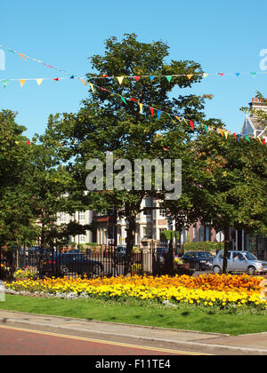 Newcastle Upon Tyne, UK. 25th August, 2015. UK Weather. Summery and fine morning in the historic village of Tynemouth - Stock Photo