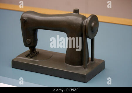 Modell einer Naehmaschine - Deutsches Technikmuseum, Berlin-Kreuzberg. - Stock Photo
