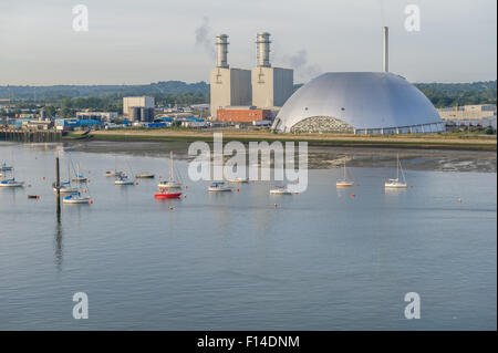 Southampton incinerator and power station. - Stock Photo