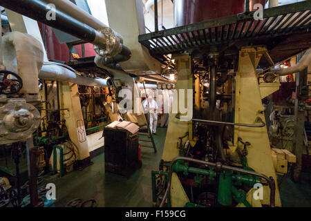 Steam engine room on steam ship SS Shieldhall - Stock Photo