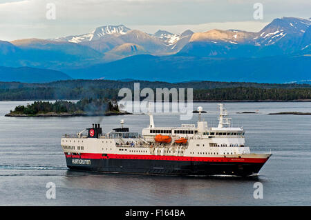 Hurtigruten passenger vessel MS Vesterålen in the Romsdalsfjord near Molde, Møre og Romsdal county, Norway - Stock Photo