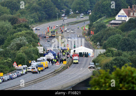 Shoreham, Sussex, UK. 28th August, 2015. Emergency vehicles on the A27 at the investigation scene of the Shoreham - Stock Photo