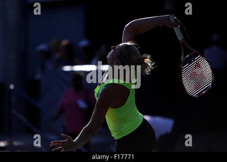 New York, New York, USA. 28th Aug, 2015. Germany's Sabine Lisicki serves during a practice session at the Billie Jean King USTA National Tennis Center in Flushing Meadows, New York late in the afternoon on August 28th, 2016 in preparation for the U.S. Open, which begins on Monday, August 31st. Lisicki is seeded 24th. Credit:  Adam Stoltman/Alamy Live News