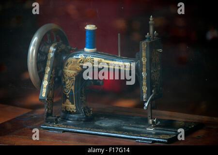 eine alte Naehmaschine, Berlin. - Stock Photo