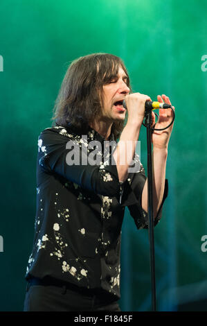 Portsmouth, UK. 29th August 2015. Victorious Festival - Saturday. Bobby Gillespie of Primal Scream during their - Stock Photo