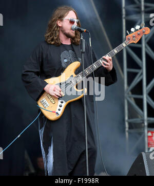 Portsmouth, UK. Sunday 30th August 2015. Victorious Festival - Sunday  Dave McCabe performing on the Common Stage - Stock Photo