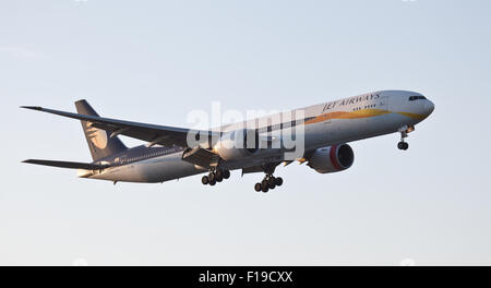 Jet Airways Boeing 777 VT-JEK coming into land at London Heathrow Airport LHR - Stock Photo
