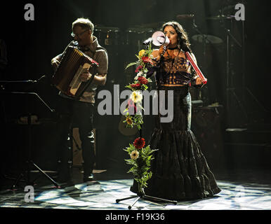 Montevideo, Uruguay. 29th Aug, 2015. Lila Downs performs during her live concert at the Auditorio del Sodre of Montevideo. - Stock Photo