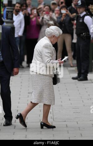 Elizabeth II seen leaving St Mary's Hospital, London, 2013 - Stock Photo