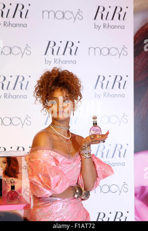 New York, USA. 31st Aug, 2015. Rihanna debuts her new scent RiRi by Rihanna at Macy's Downtown Brooklyn Credit: - Stock Photo