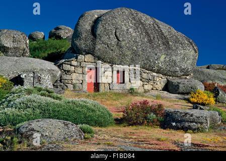 Portugal, Serra da Estrela: House under the Rocks - Stock Photo