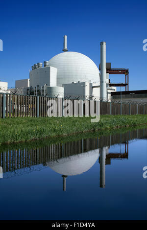 Brokdorf nuclear power station, Schleswig-Holstein, Germany. The white dome contains a Pressurised Water Reactor - Stock Photo