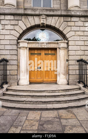 The College of Surgeons building on St Stephens Green, Dublin. Headquarters of the Irish Citizen Army during the - Stock Photo