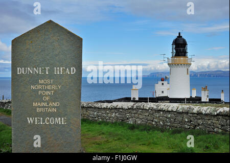 Dunnet Head Lighthouse, the most northerly point of mainland Britain, Caithness, Highlands, Scotland, UK - Stock Photo