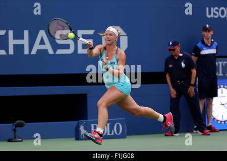 New York, USA. 02nd Sep, 2015. Kiki Bertens of the Netherlands in action against Serena Williams during their second - Stock Photo
