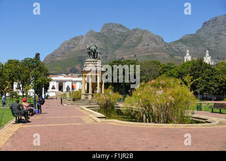 Delville Wood Memorial and Iziko SA Museum, The Company's Garden, Cape Town, Western Cape Province, Republic of - Stock Photo