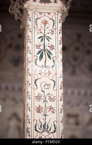 Agra, Utar Pradesh, India. Detail of pillar Baby Taj. - Stock Photo