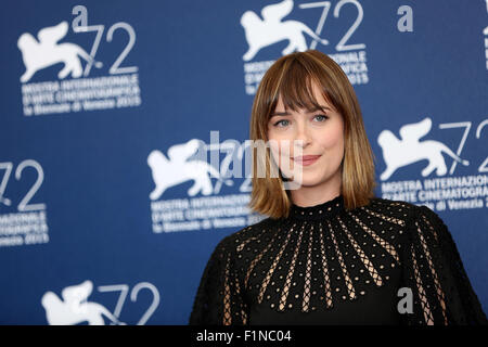 Venice, Italy. 4th Sep, 2015. Actress Dakota Johnson attends the photocall for film 'Black Mass' during the 72nd - Stock Photo