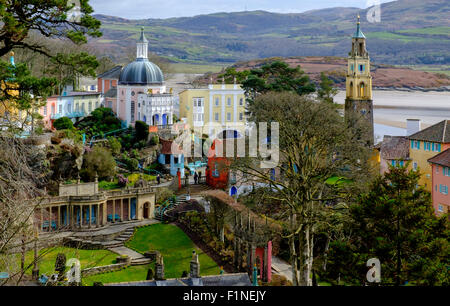 Portmeirion -  a holiday resort and hotel in North Wales used in the TV series 'The Prisoner' as 'The Village' - Stock Photo
