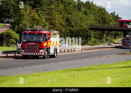 Dundee, Tayside, Scotland, UK, 5th September 2015. Road accident in Dundee. Police Scotland and Scottish Emergency - Stock Photo