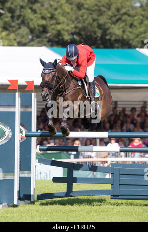 Stamford, Lincolnshire, UK. 06th Sep, 2015. 2015 Land Rover Burghley Horse Trials Lynn Symansky competing in the - Stock Photo