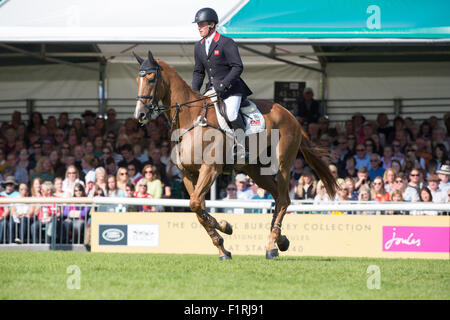 Stamford, Lincolnshire, UK. 06th Sep, 2015. 2015 Land Rover Burghley Horse Trials Oliver Townsend competing in the - Stock Photo