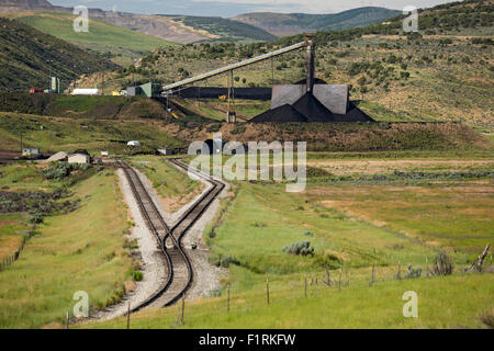 Meeker, Colorado - A facility for loading coal from the Colowyo mine onto rail cars. - Stock Photo