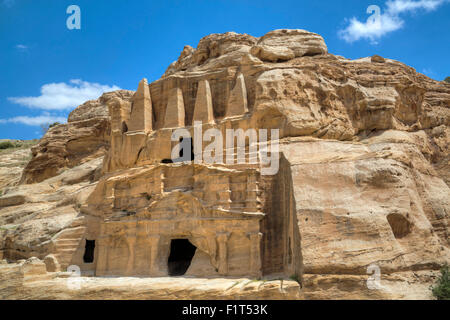 Obelisk Tomb (upper structure), Bab as-Sig Triclinium (lower structure), Petra, UNESCO World Heritage Site, Jordan, - Stock Photo