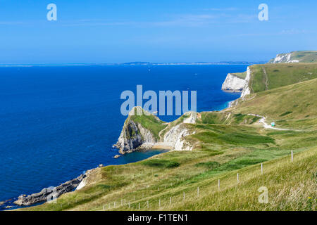 View from the South West Coast Path overlooking Durdle Door, near Lulworth, Jurassic Coast, Dorset, England, UK - Stock Photo