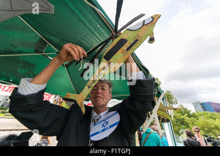 London, UK. 7th September, 2015. DSEI arms fair is due to start in London this week.Group of activists organised - Stock Photo