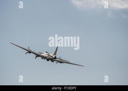 Wartime B17G Flying Fortress bomber Sally B G-BEDF - Stock Photo